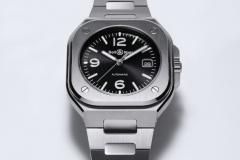 J21-01-BR05-black