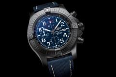 02_super-avenger-chronograph-48-night-mission-1