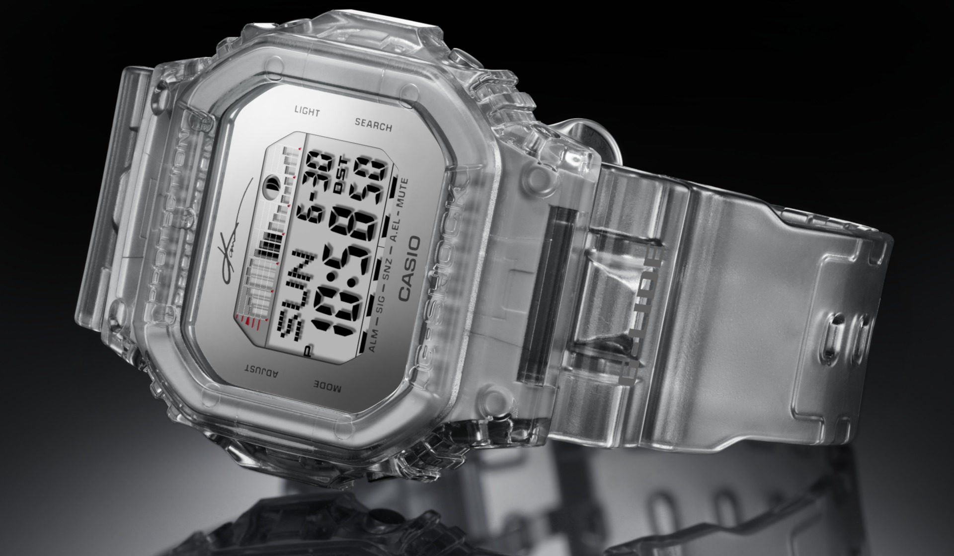We may not be into surfing but damn, this clear GLX-5600KI G-Shock is cool