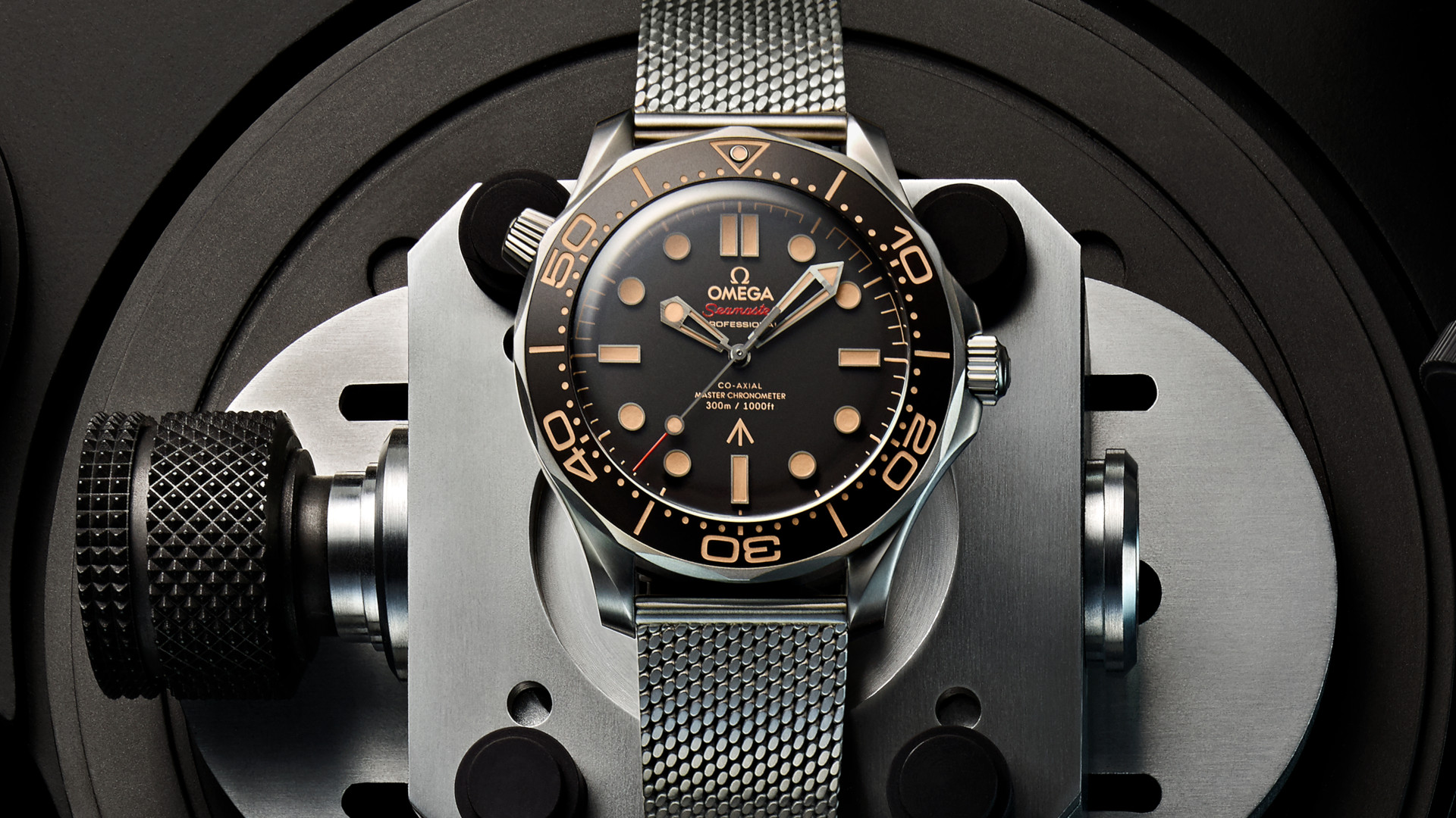 The new James Bond Seamaster Diver 300M harks back to Omega's vintage military roots