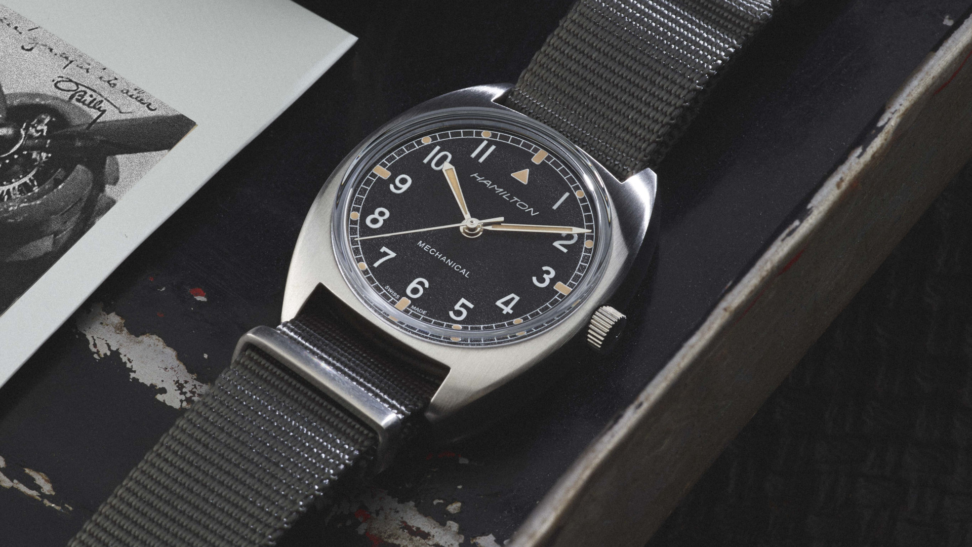 Hamilton Khaki Pilot Pioneer: A pilot's watch for the purists