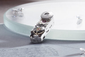 The smallest movement in the world was made in 1929?! It was called the Jaeger-LeCoultre Caliber 101
