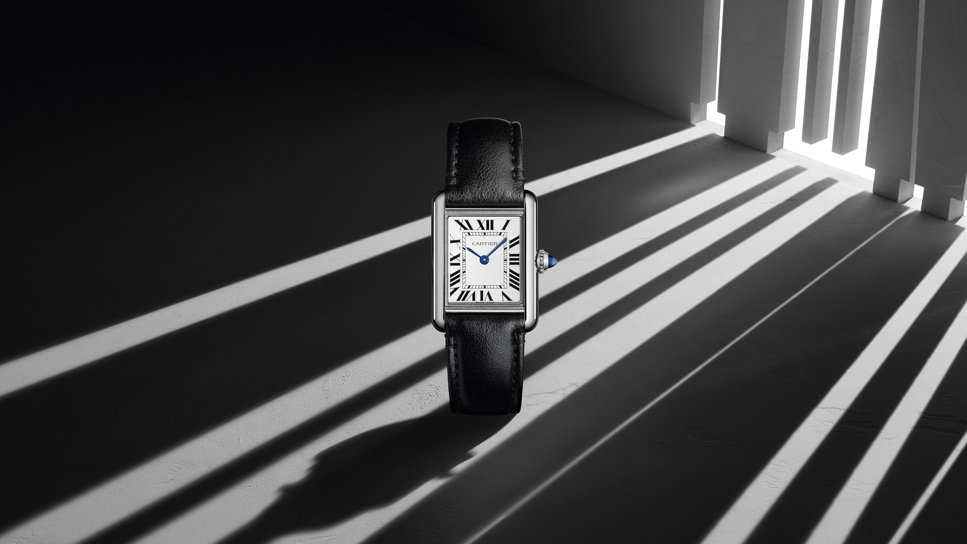 The New Cartier Tank Must Introduces Interesting New Ideas Cleverly Packaged In Its Classic Design