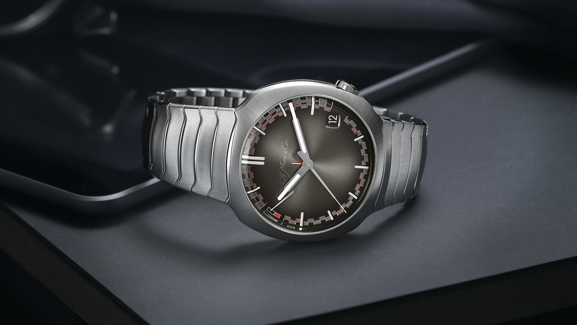 Simplicity is at the heart of the latest H. Moser & Cie Streamliner Perpetual Calendar